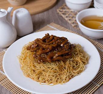 sweet-sour-pork-dry-noodles